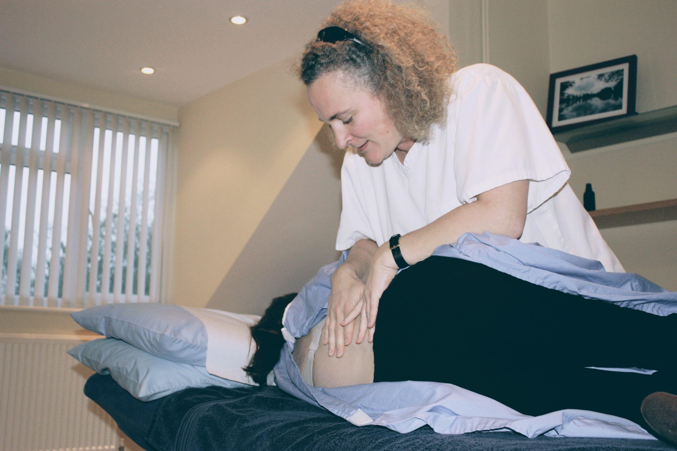 Gitte Pedersen Osteopath treating